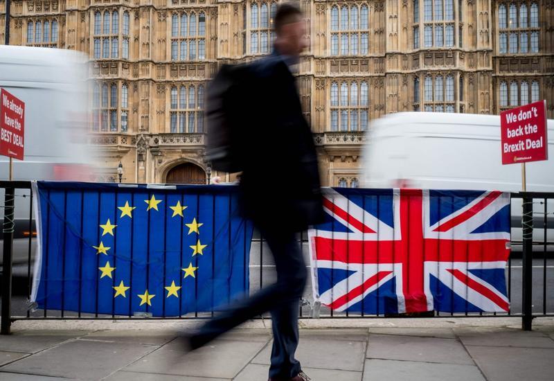 В партии Мэй уверены в переносе голосования в парламенте по Brexit