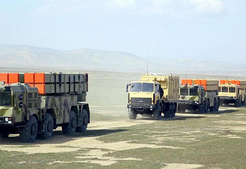 Вот так азербайджанская армия будет наносить ракетные удары по противнику