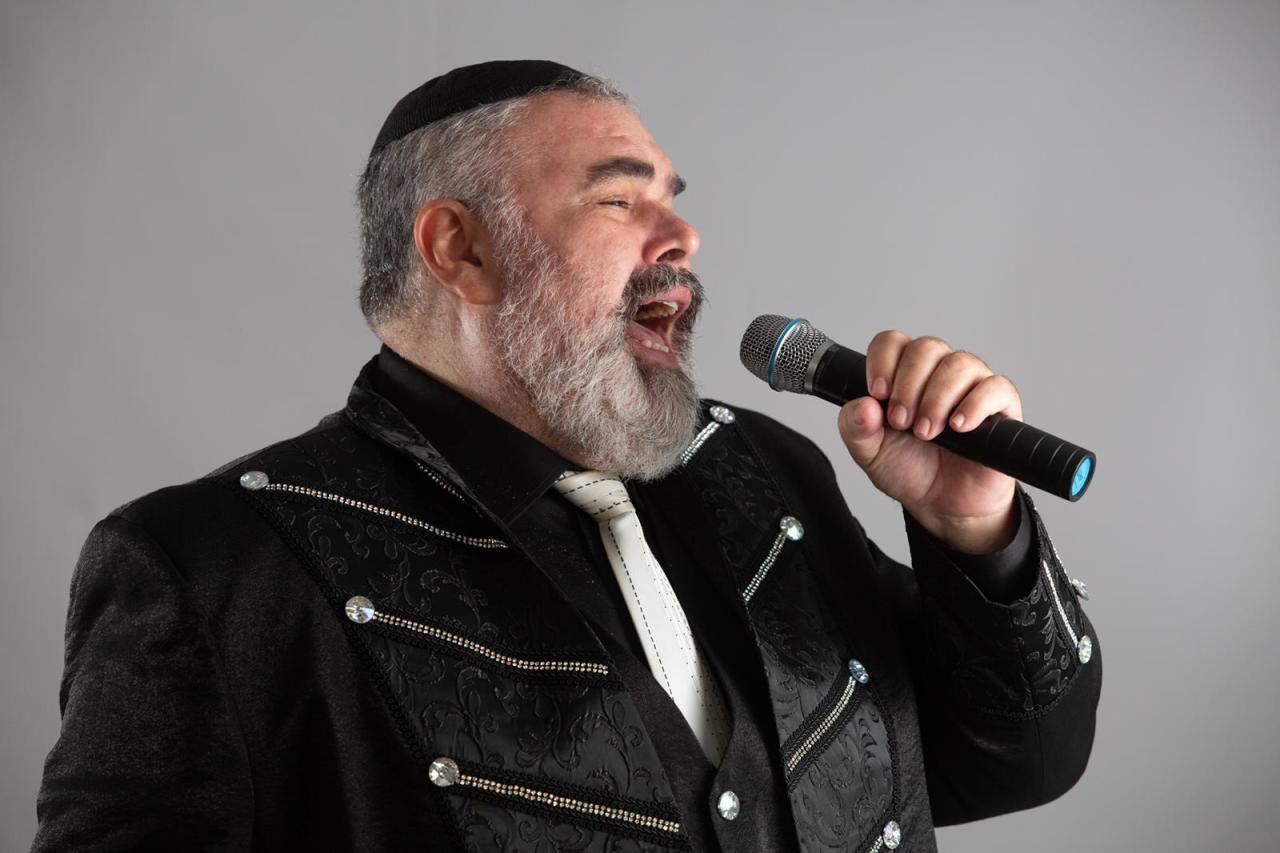 Впервые в Баку пройдут гастроли популярного израильского певца