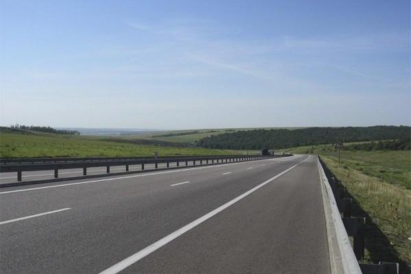 Румынский предприниматель построил шоссе длиной вметр взнак протеста