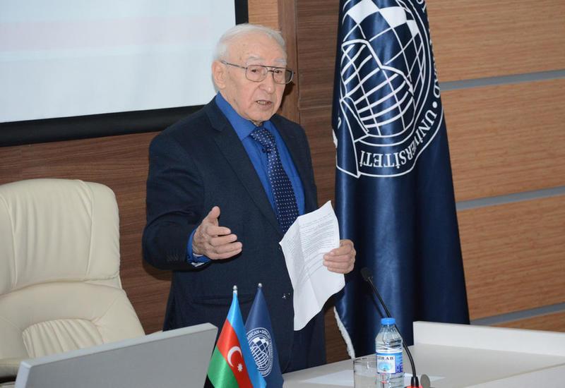 """Академик Тельман Алиев: """"В UNEC за последние 5 лет наблюдается высокая динамика развития"""""""