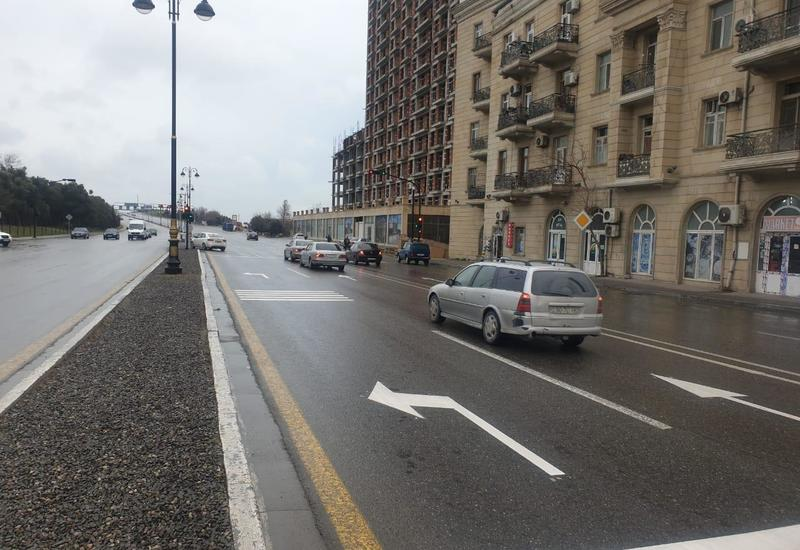 В Баку ограничивают въезд на важную развязку