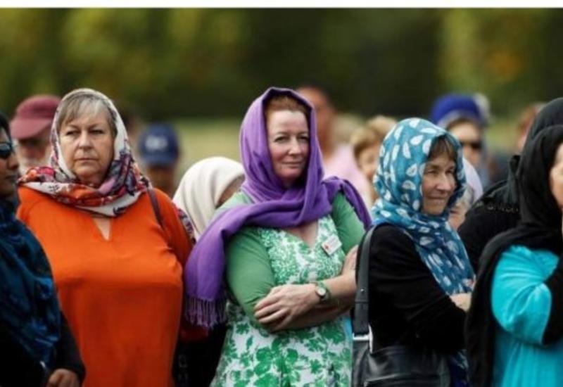 В Новой Зеландии женщины надели платки, чтобы поддержать мусульманок