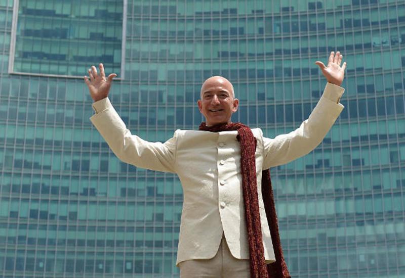 Ceff Bezos sürətlə varlanmaqda davam edir: Sərvəti rekord səviyyəyə çatdı