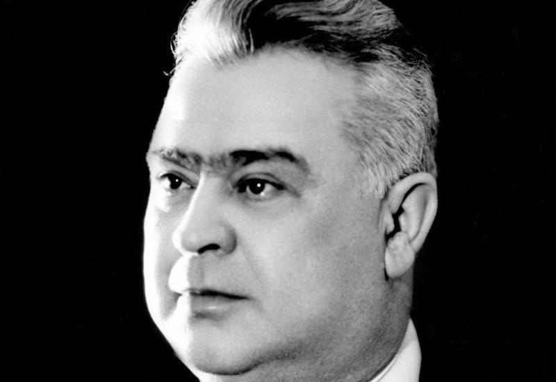 Xalq artisti Lütfəli Abdullayevin anadan olmasından 105 il ötür