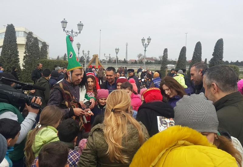 "В Баку продолжается празднование Новруза <span class=""color_red"">- ФОТО</span>"