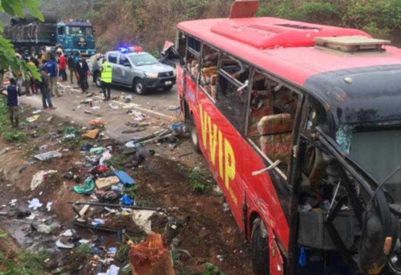 """Жуткое ДТП в Гане, более 70 погибших <span class=""""color_red"""">- ФОТО</span>"""