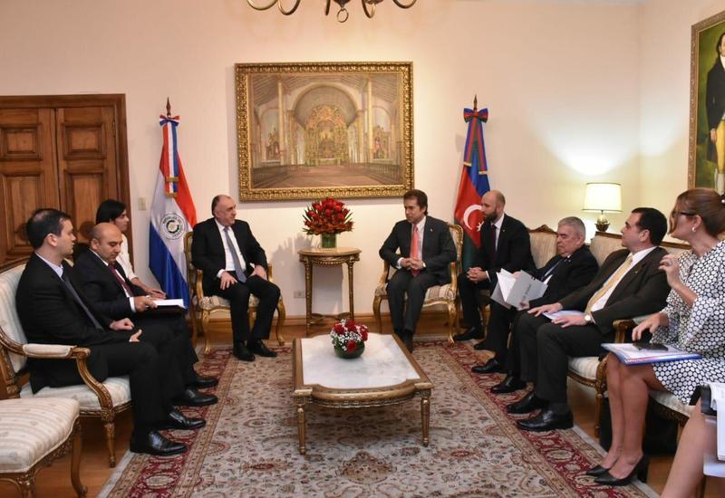 Азербайджан и Парагвай отменили визовый режим для ряда лиц
