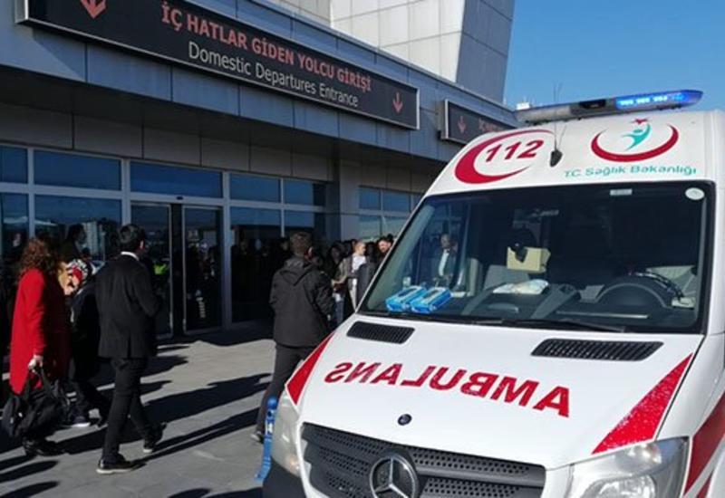 Перестрелка в аэропорту в Турции, двое раненых