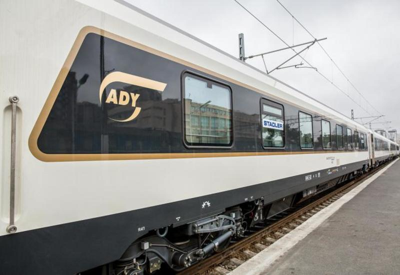 В Баку прибыл первый люксовый поезд из Турции