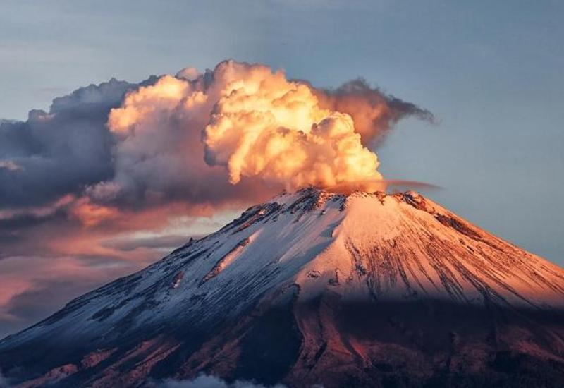 В Мексике извергается самый опасный в мире вулкан