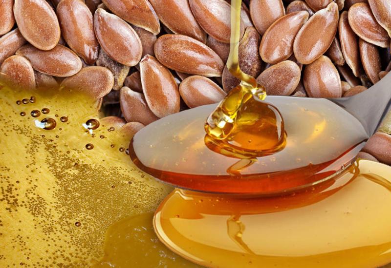 Почему необходимо употреблять мёд с семенами льна