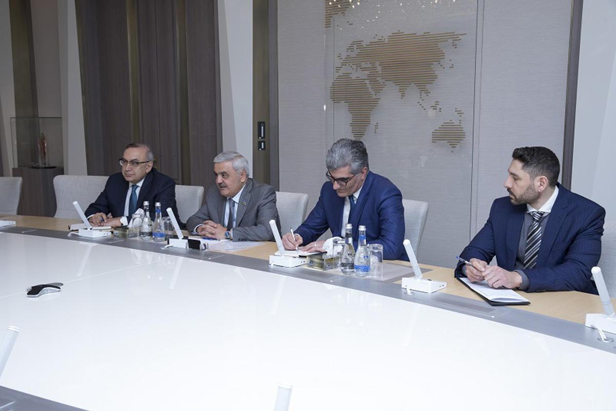 Венгрия хочет получить азербайджанский газ