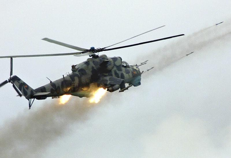 Эффектный и необычный взлет вертолета Ми-24