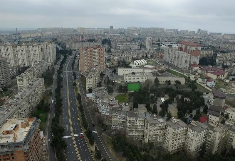 В Баку отремонтировали эти дороги