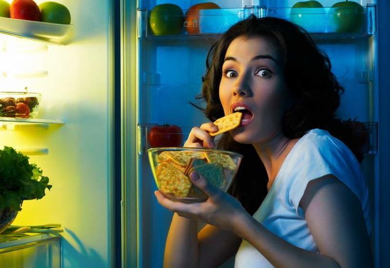 Вредно ли есть перед сном