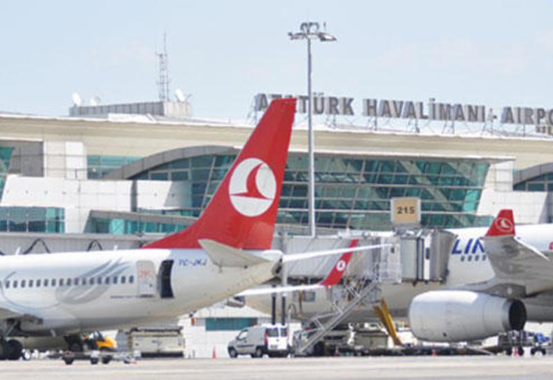 Из аэропорта Ататюрка отправился последний самолет