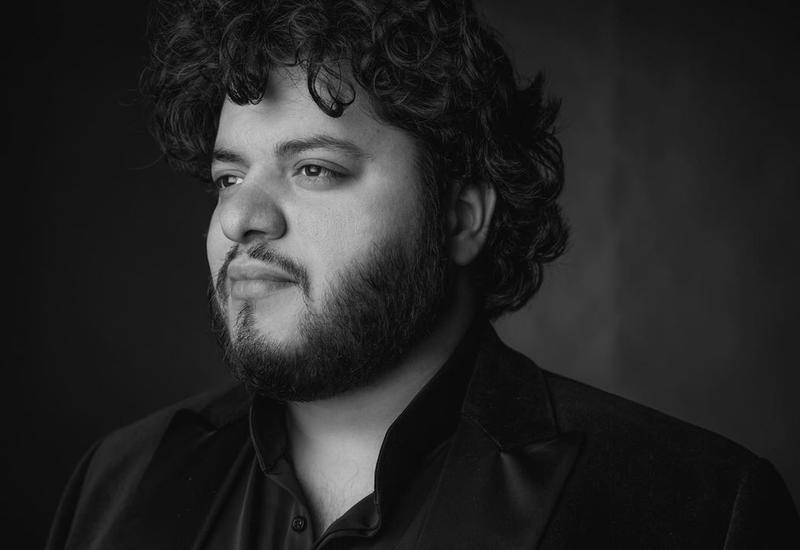 Солист Ла Скала выступил с сольным концертом в Филармонии