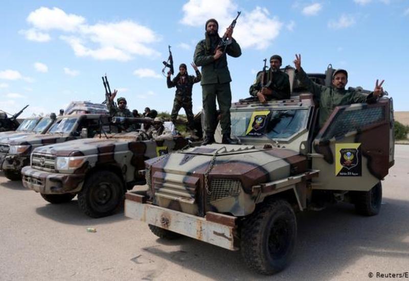 Ливийская национальная армия покидает аэропорт Триполи