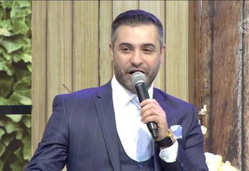 На азербайджанских певцов подали в суд