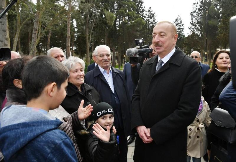 Президент Ильхам Алиев: Зарплаты и пенсии в Азербайджане будут повышаться и впредь