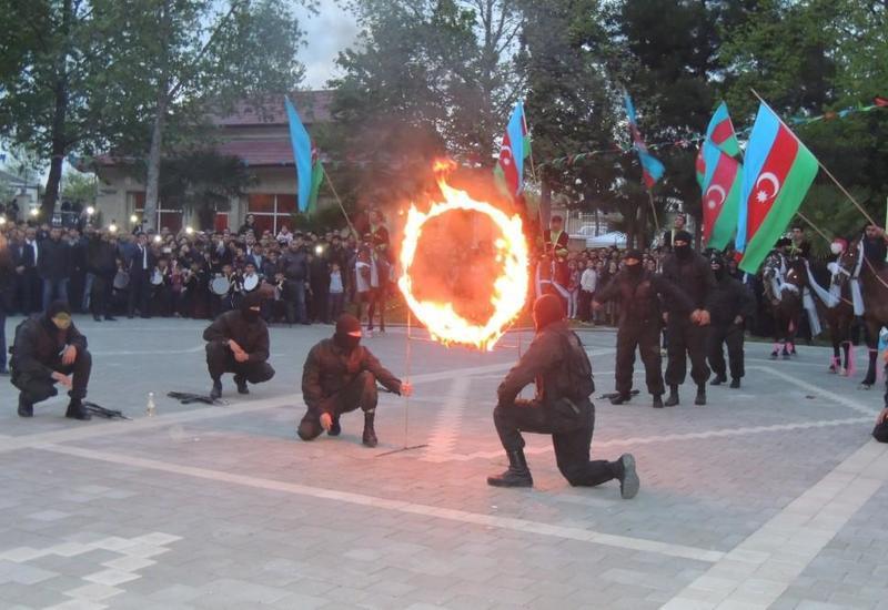 """В Азербайджане прошел творческий фестиваль """"Из регионов в регионы"""" <span class=""""color_red"""">- ФОТО</span>"""
