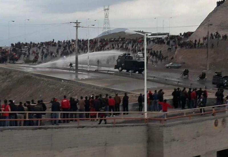 """Массовые беспорядки в Тебризе, десятки раненых <span class=""""color_red"""">- ФОТО - ВИДЕО</span>"""
