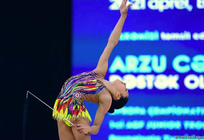 Арзу Джалилова и Нармина Самедова вышли в финал AGF Junior Trophy в упражнениях с лентой