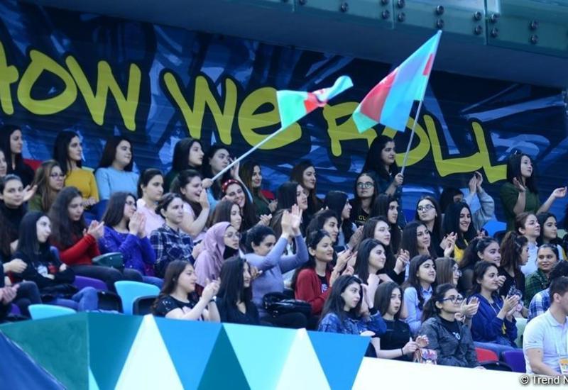 Азербайджанская команда заняла второе место на AGF Junior Trophy в групповых упражнениях пятью лентами