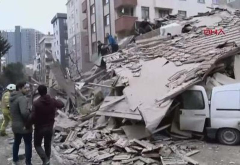 Трагедия в Стамбуле, рухнула жилая многоэтажка