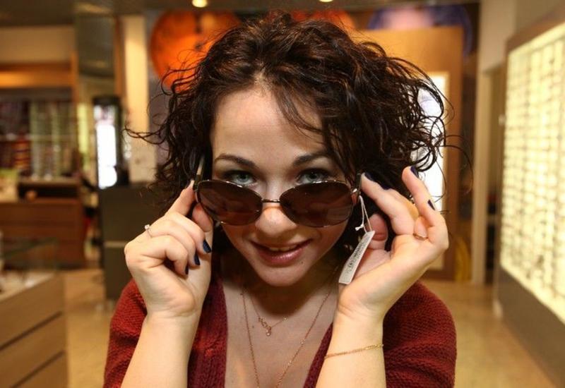Ученые рассказали, как солнцезащитные очки вредят здоровью