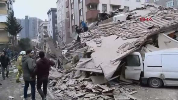 ВСтамбуле рухнул четырехэтажный дом в итоге оползня