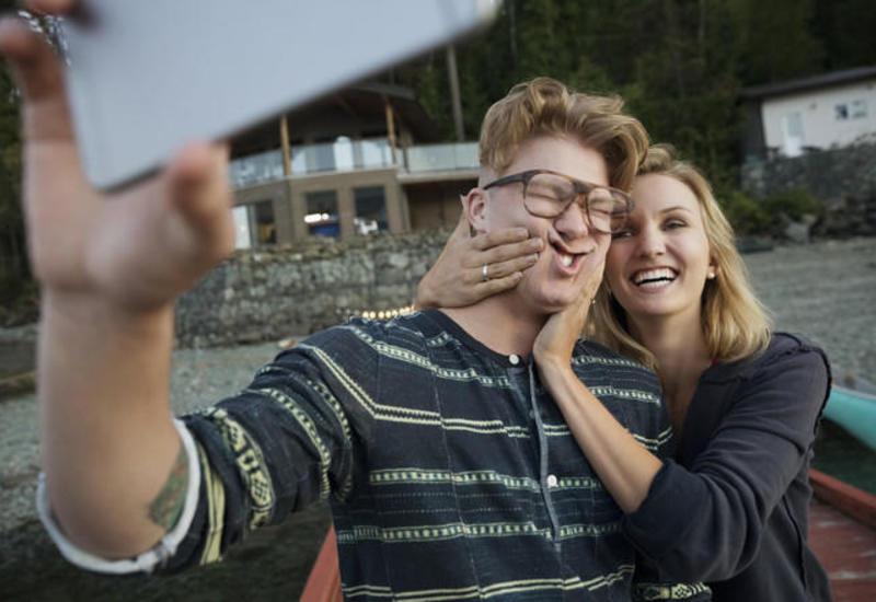 8 вещей, которыми не стоит делиться в соцсетях
