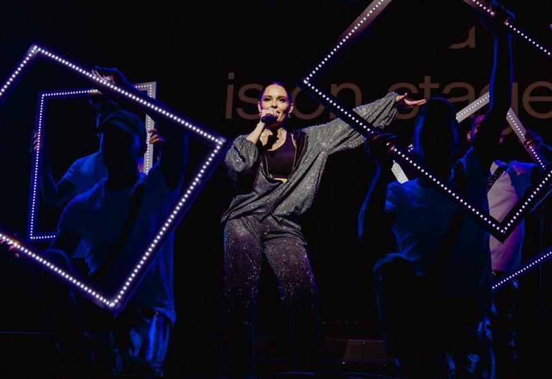 Зажигательный концерт Rilaya и Jessie J для гостей Формулы 1 в Баку
