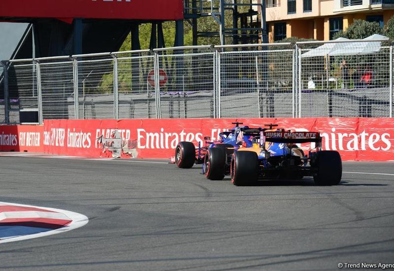 На гонках Формулы-1 в Баку произошла авария