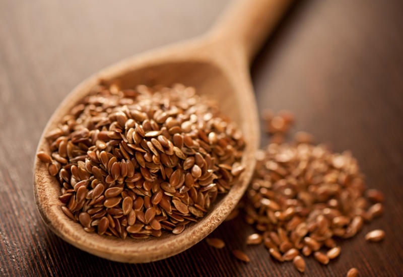 Как регулярное употребление семян льна влияет на здоровье?