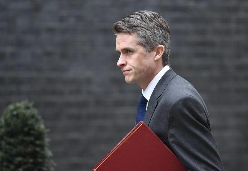 Уволен министр обороны Великобритании