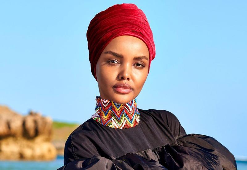 Модель в хиджабе и закрытом купальнике впервые снялась для Sports Illustrated