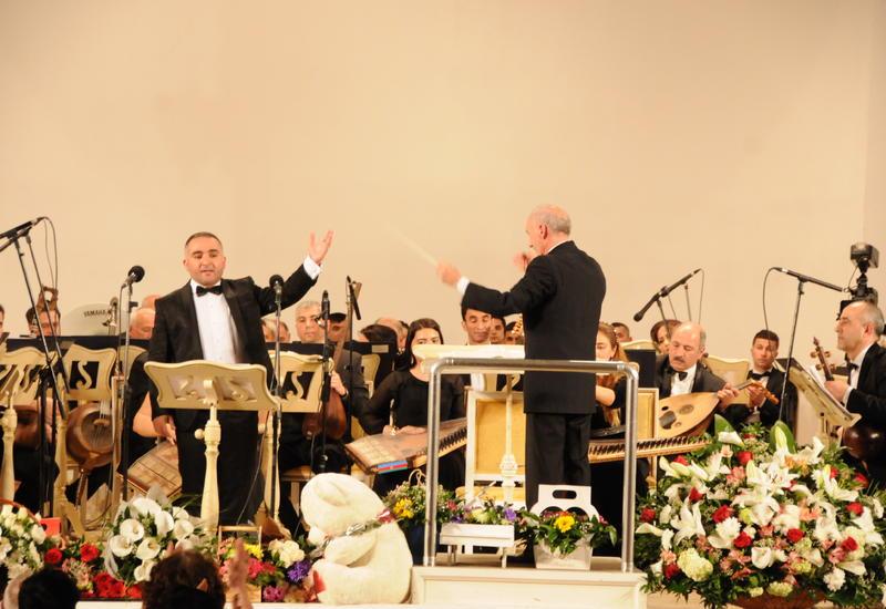 В Филармонии прошел сольный концерт Фахри Кязым-Ниджата