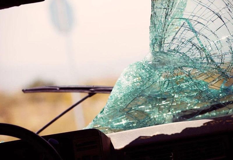 Тяжелое ДТП в Баку, есть пострадавший