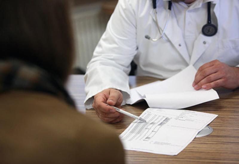 Ученые увидели угрозу здоровью в медицинских халатах