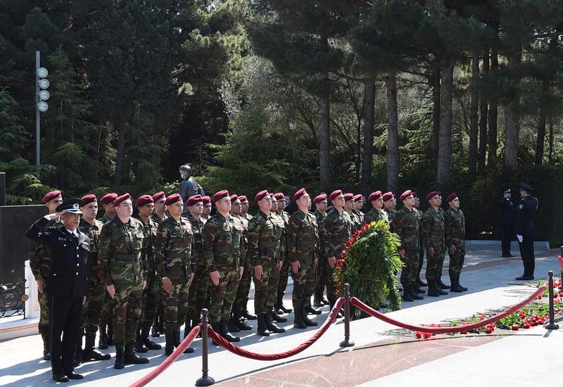 Личный состав Службы госбезопасности Азербайджана почтил память великого лидера Гейдара Алиева
