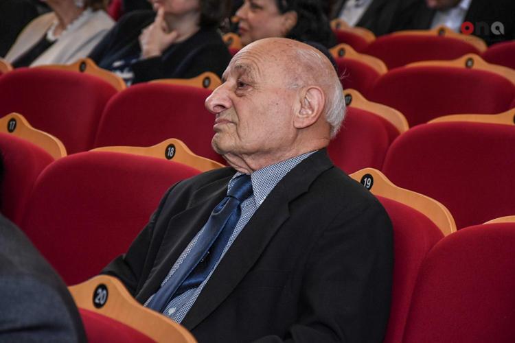 Состоялись похороны Арифа Меликова