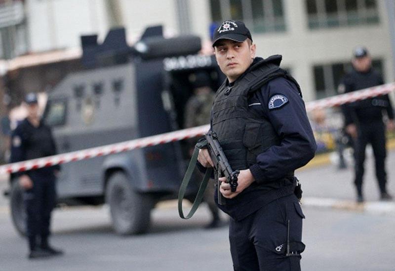 Крупная спецоперация турецких полицейских, задержаны десятки человек
