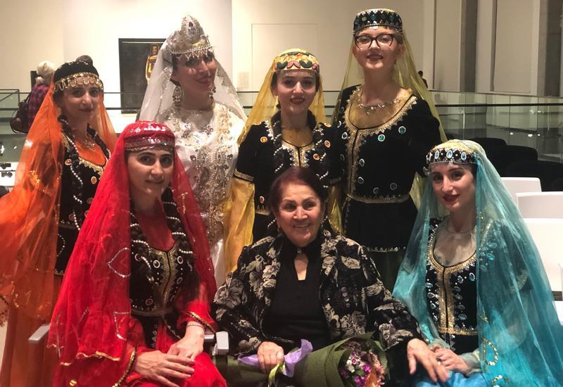 В Баку ярким концертом отметили 90-летие Розы Джалиловой