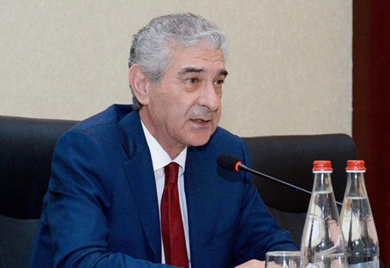 """Əli Əhmədov:""""Dövlət Sosial Müdafiə Fonduna ödənilən vəsait 200 milyon manatadək artıb"""""""