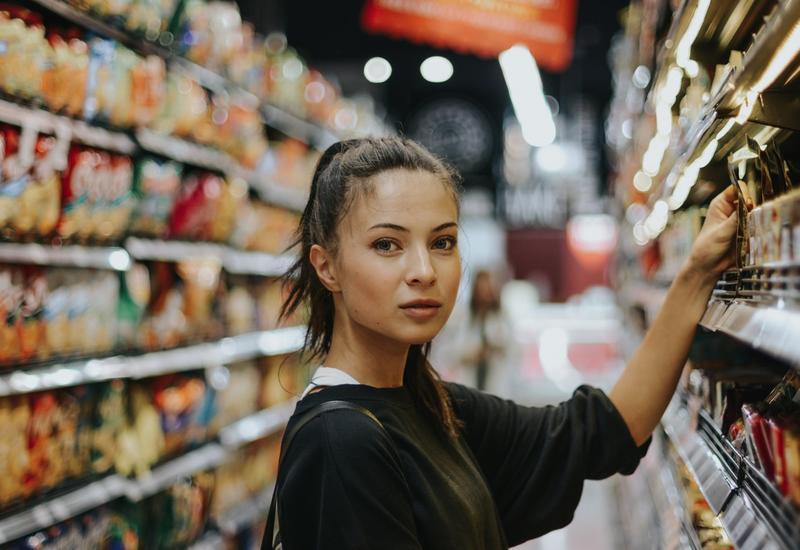 10 уловок магазинов, которые заставляют покупать больше