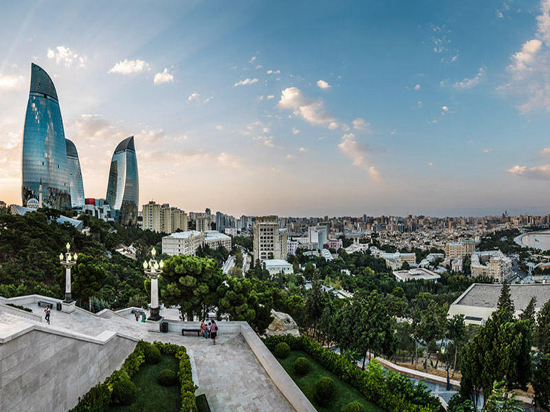 https://img.day.az/2019/05/18/baku_dagustupark.jpg