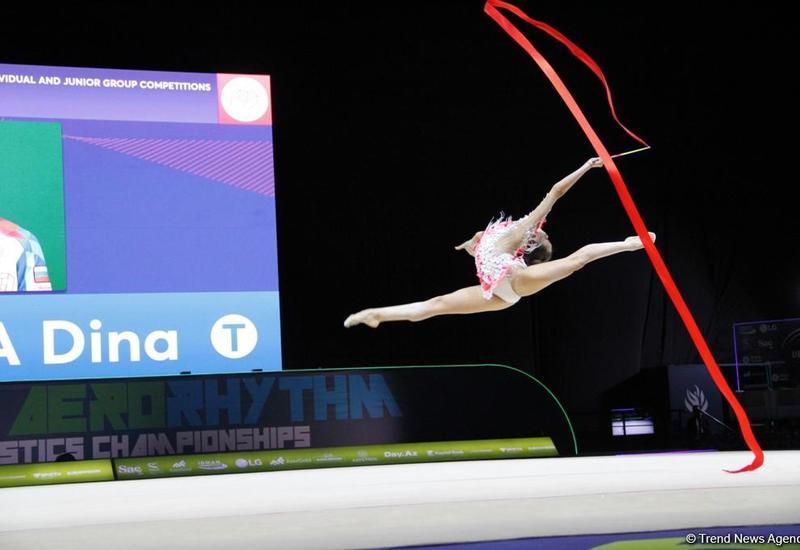 Дина Аверина выиграла золотую медаль Чемпионата в упражнениях с лентой