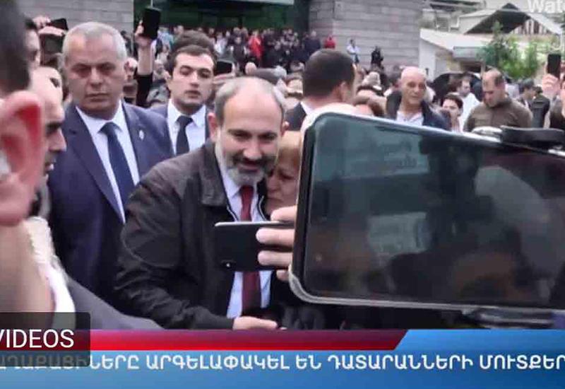 """Армяне соскучились по """"революции"""""""